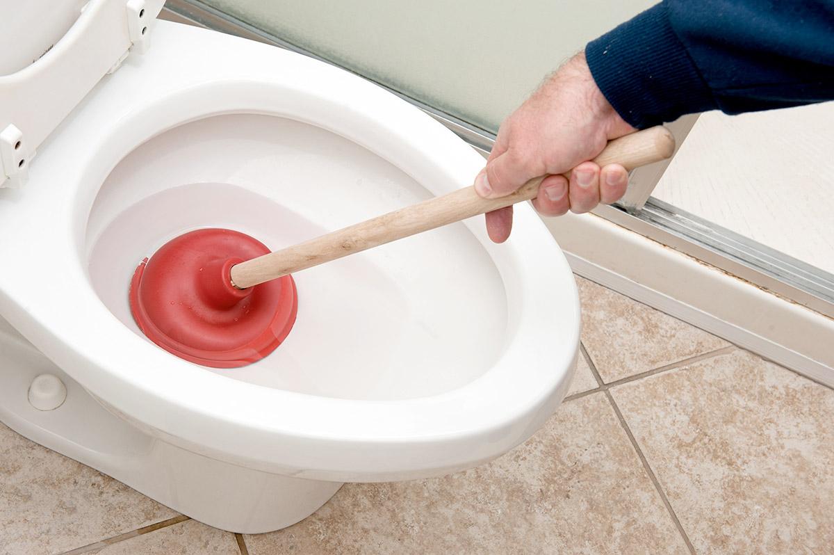 Débouchage des toilettes à Plombier Beauport, QC